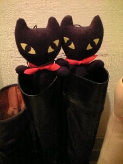 黒ネコ.jpg